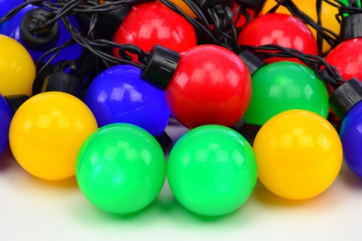 Barevný svítící párty řetěz - 40 koulí s LED diodami
