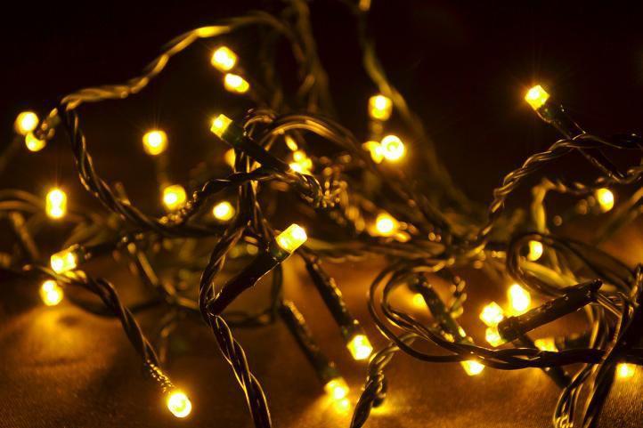 LED řetěz na vánoční stromeček vnitřní, 40 diod, 4 m