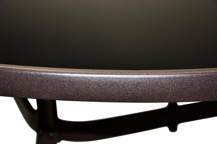 Sestava zahradního nábytku - židle s ratanovým výpletem, kulatý stůl