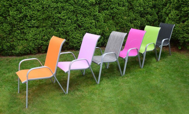 Zahradní kovové křeslo s textilním čalouněním, fialové