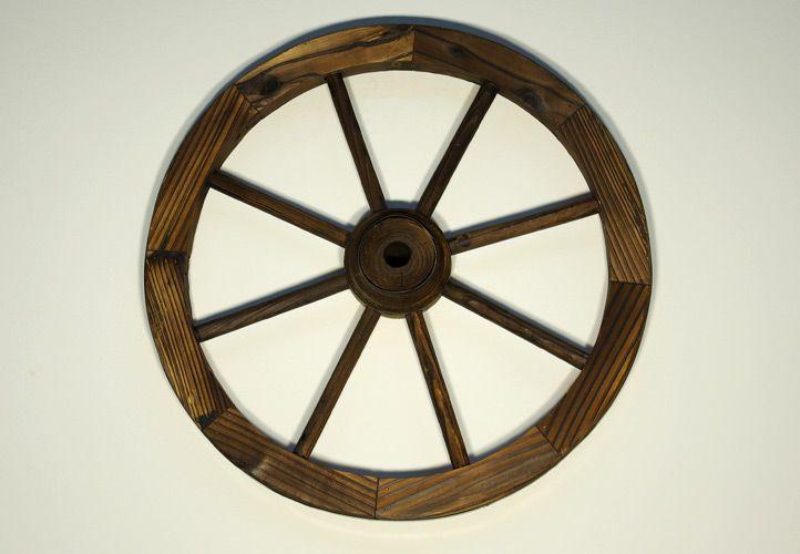 Ozdobné dřevěné kolo od vozu - dekorace k zavěšení, průměr 50 cm