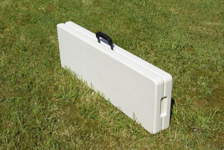 2 ks skládací kempinková lavice v kufříku, kovový rám / plastová deska