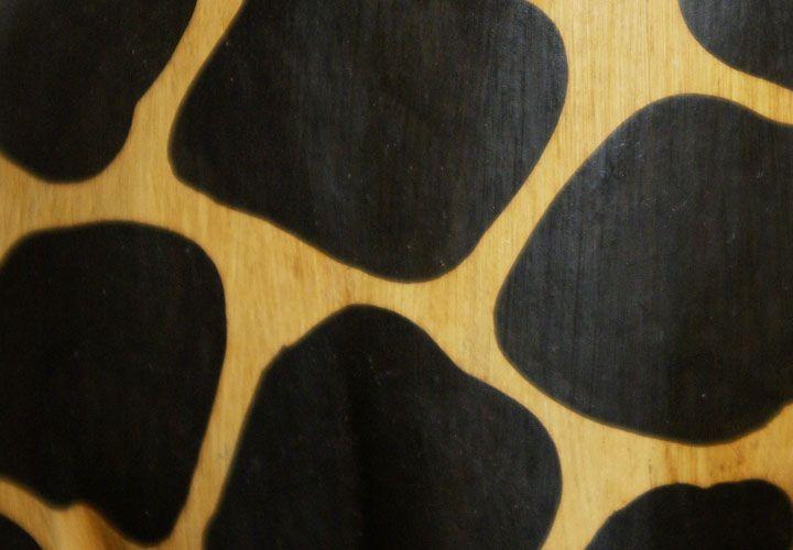 Velká dekorativní žirafa do bytu, ručně vyřezávaná, 180 cm