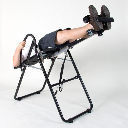 Skládací posilovací lavice, výškově nastavitelná