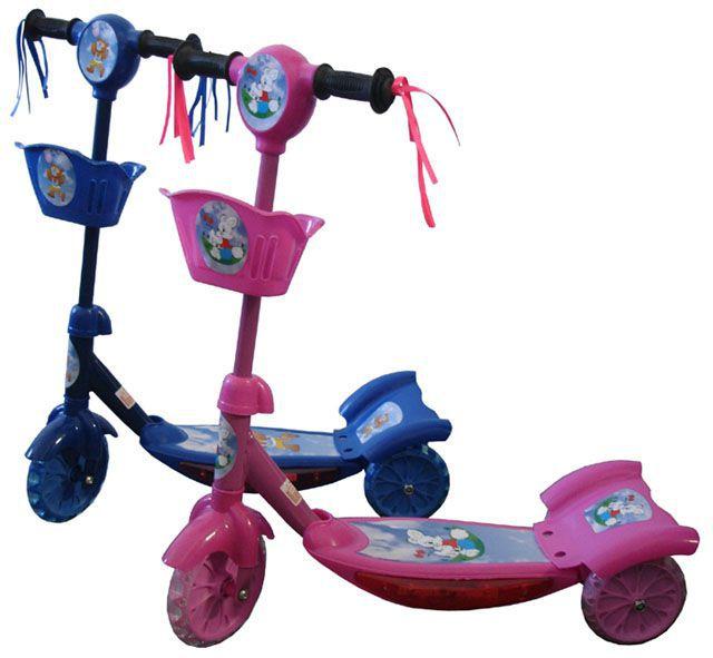 Dětská skládací koloběžka, vzadu 2 kolečka pro vyšší stabilitu, modrá