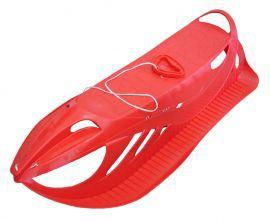 Plastové sáňky sportovního vzhledu, červené