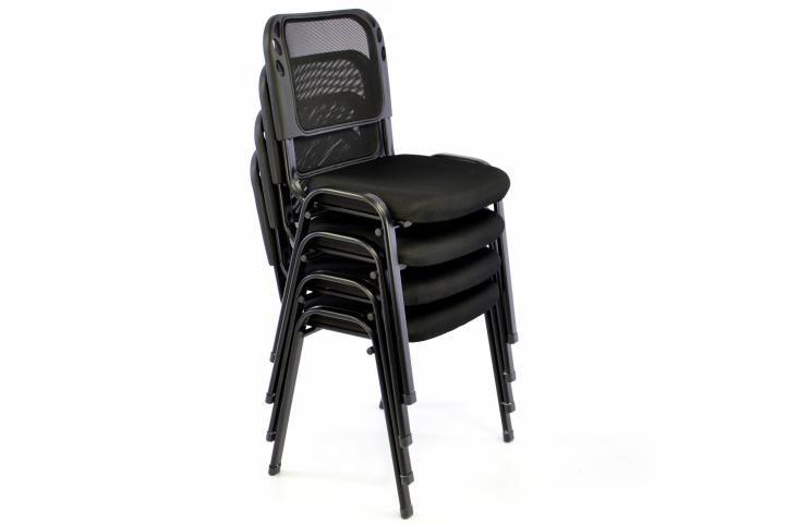 2 ks kovové stohovatelné židle s textilním polstrováním, černé