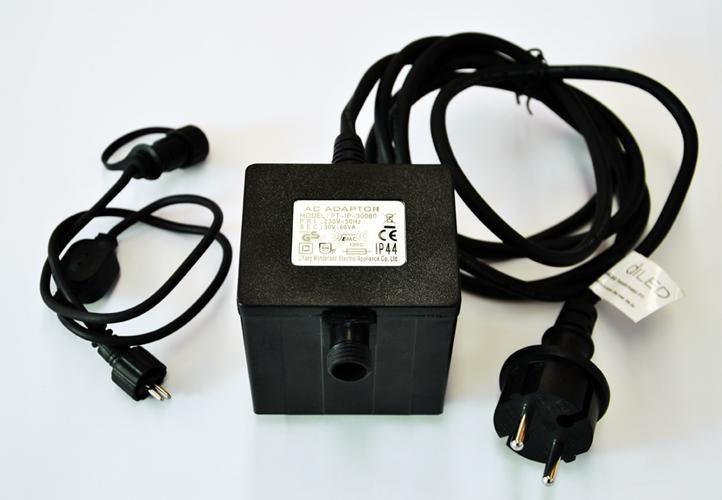 Napájecí trafo do zásuvky 230 V pro světelné systémy diLED