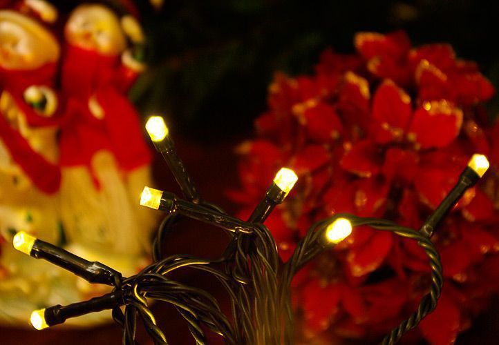 Vánoční řetěz na stromeček venkovní / vnitřní, 200LED, 18 m