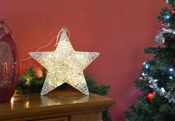 Vánoční svítící hvězda k postavení / zavěšení, vnitřní, na baterie, 35 cm