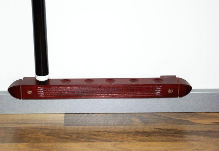 Dřevěný držák na stěnu na kulečníková tága