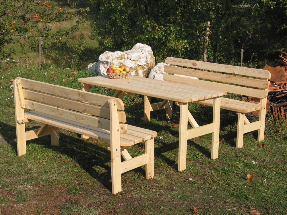 Venkovní stůl z masivního dřeva 150 cm, přírodní borovice