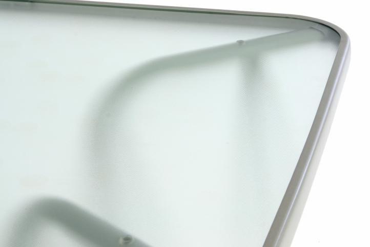Kovový zahradní stůl se sklěněnou deskou, obdélník, šedý
