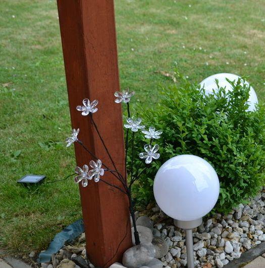 Solární světlo- zapichovací koule, bílá, průměr 20 cm