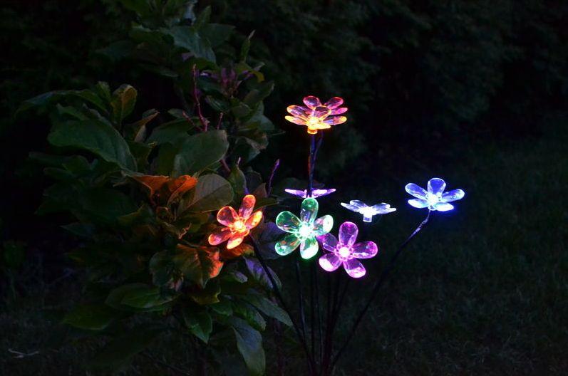 Solární osvětlení na zahradu, umělá květina- barevná